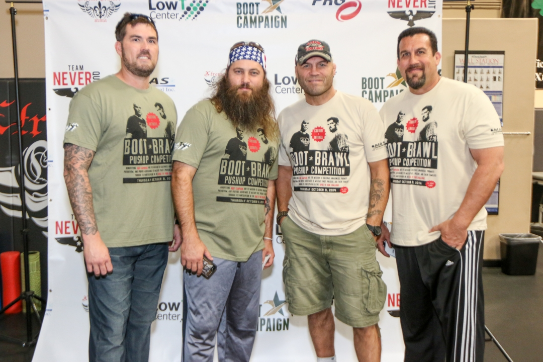 Randy Couture vs Marcus Luttrell at Boot Brawl